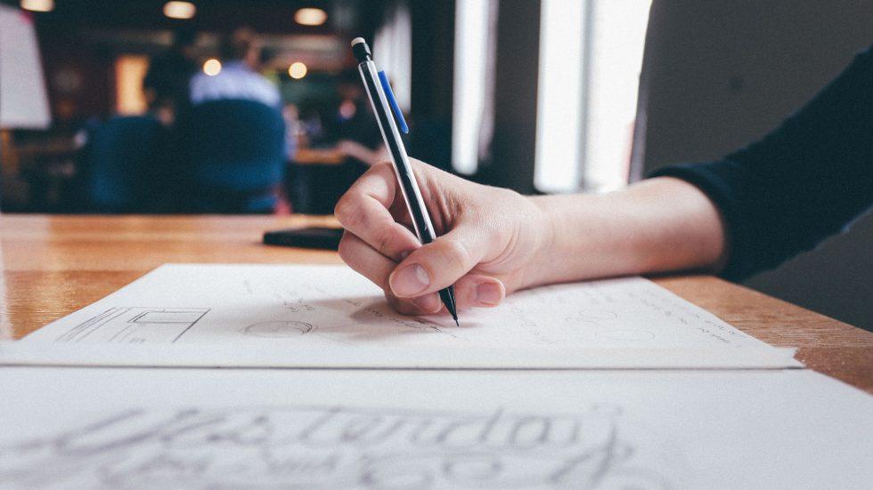 Vpliv pisanja z roko na razvoj možganov