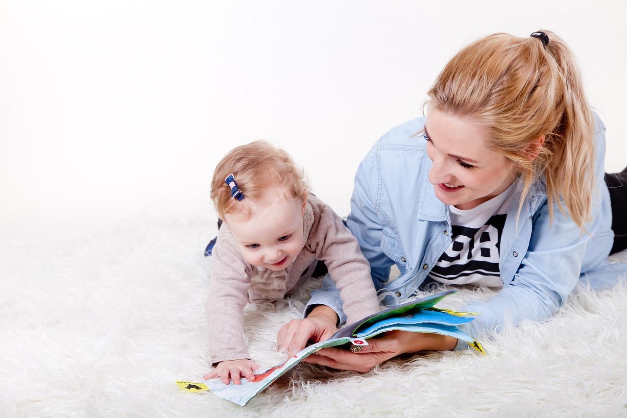 Dejavnosti za spodbujanje pismenosti malčkov