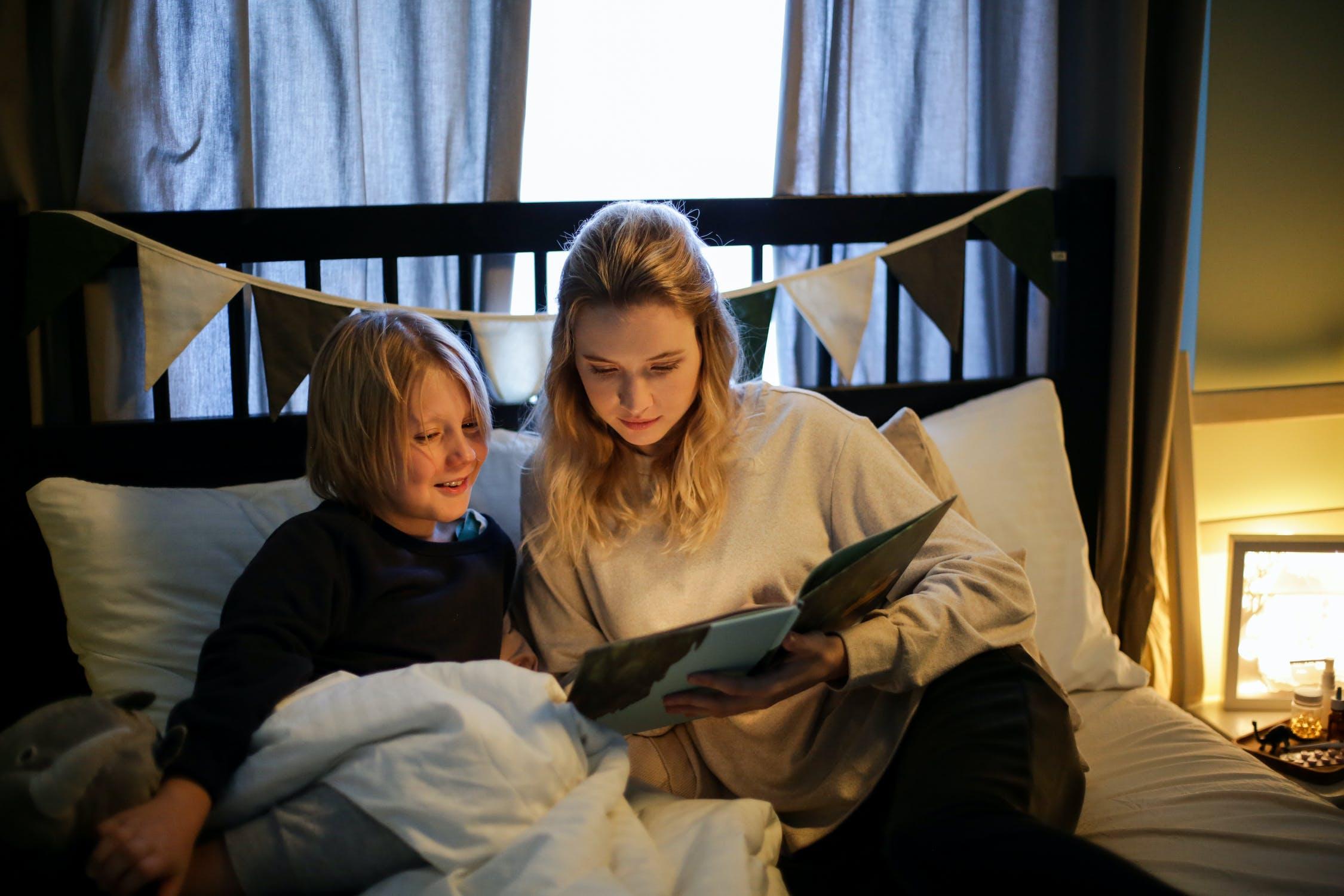 Programi družinskega branja