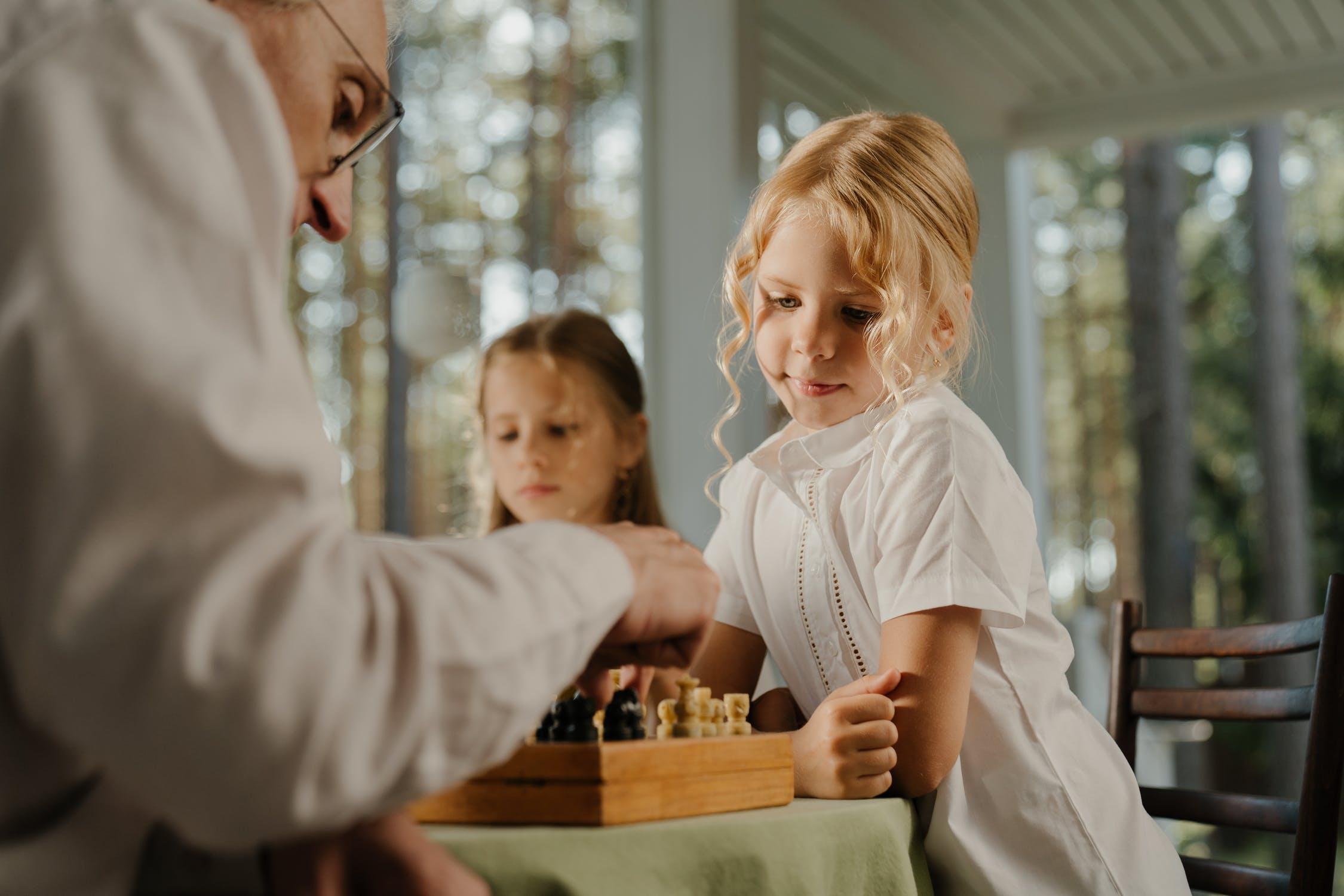 medgenercaijsko učenje